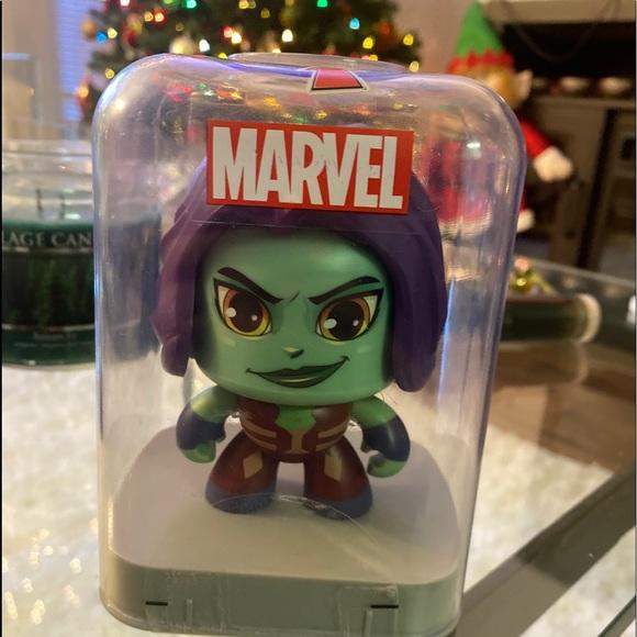 """""""NEW""""Marvel Avengers Gamora Action Figure Spinning"""